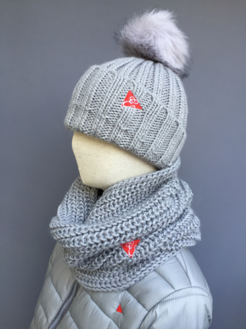 CHUNKY RIB KNITTED SNOOD SCARF - GREY